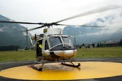 helikoptern av klart tar till Royaltyfri Foto