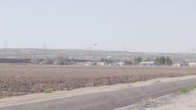 Helikoptern patrullerar gränsland av USA och Mexico arkivfilmer
