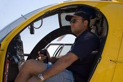 helikopterpilot Fotografering för Bildbyråer