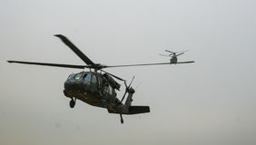 Helikoptrar i Afghanistan Arkivbild