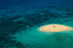Heliporto do recife de barreira do Cay de Upolu grande fotos de stock royalty free