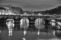 Heliumbrücke sang heute Engelsbrücke Stockbild
