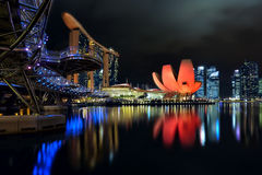 The Helix bridge, Marina Bay Sands and ArtScience museum Stock Photography