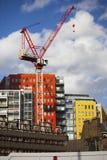 Hell-farbige Fassade des modernen zentralen St Giles mischte Lizenzfreie Stockbilder