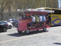 Hell farbiges Fahrradtaxi Stockfotografie