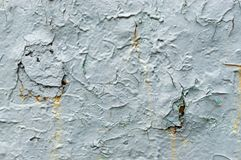 Hellblaue alte Farbe mit Rostflecken lizenzfreie stockfotos