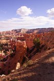 Helle Farben des späten Nachmittages die Sandsteinberggipfel im canyo Lizenzfreie Stockfotografie