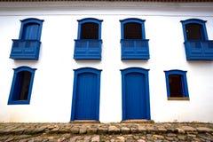 Helle farbige Fassade Lizenzfreie Stockfotografie