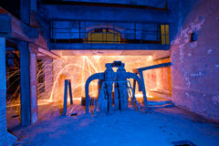 Helle Lackfabrik der Stahlwolle Stockfotos