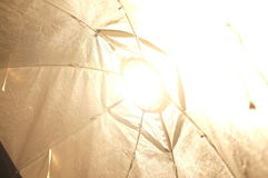 Helle Lampe im Studio Lizenzfreies Stockfoto