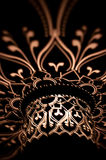 Helle Muster auf Dunkelheit. Stockfoto