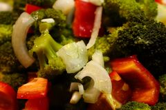 Helle neue Mischung des Gemüses als organischer gesunder Lebensmittelhintergrund Stockfotografie