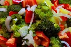 Helle neue Mischung des Gemüses als organischer gesunder Lebensmittelhintergrund Stockbilder