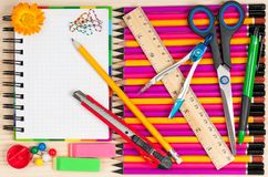 Helle Schreibmaterialien Lizenzfreie Stockbilder