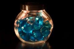 Helle Steine im Glasgefäß Lizenzfreie Stockbilder