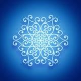 Helle weiße Schneeflocke stockbild