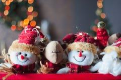 Helle Weihnachtsschneemänner Lizenzfreie Stockfotos
