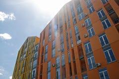 Helle Wohngebäude Stockfoto