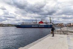 Hellenische Seeweg-Fähre Redaktionelles Bild stockbild