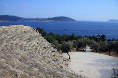 Hellenistic Theater von Kas das Meer übersehend Stockfoto