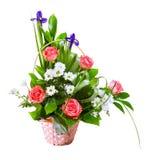 Heller Blumenblumenstrauß im Korb stockfotos