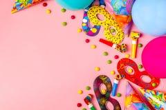 Heller Dekor für einen Geburtstag, eine Partei, ein Festival oder einen Karneval stockfotografie