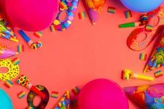 Heller Dekor für einen Geburtstag, eine Partei, ein Festival oder einen Karneval stockbild