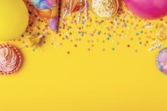 Heller Dekor für einen Geburtstag, Partei stockbild