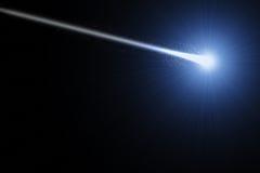 Heller Komet im Raum lizenzfreie abbildung