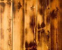 Heller kontrastierender brauner Hintergrund, Licht und dunkle Bereiche Lizenzfreies Stockfoto