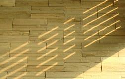 Heller Schatten auf Backsteinmauer Lizenzfreie Stockfotos