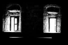 Heller weißer Kontrast dunklen Schwarzen Windows lizenzfreies stockbild