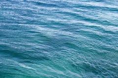 Helles adriatisches Meerwasser Stockfotos