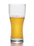 Helles Bier innerhalb des großen Bechers Stockfoto