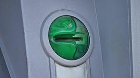 Helles Blitzen der Karte auf Maschine ATM Stockbilder