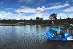 Helles blue†‹sky†‹über dem Wasserpark Lizenzfreie Stockbilder