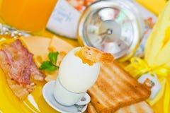 Helles Frühstück auf einer Tabelle Stockfotos