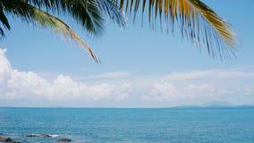 Helles Himmel-Blau-Meer im Sommer von Thailand Lizenzfreies Stockfoto