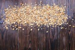 Helles Kohlenhydrat und proteinreiches Granola yougurt den ganzen Tag Energiefrühstück lizenzfreie stockbilder