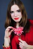 Helles Mädchen mit Blume Lizenzfreie Stockfotografie