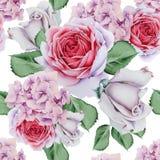Helles nahtloses Muster mit Blumen Rose hydrangea Dekoratives Bild einer Flugwesenschwalbe ein Blatt Papier in seinem Schnabel lizenzfreies stockbild