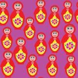 Helles nahtloses Muster mit einem russischen matryoshka  Stockbilder