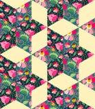 Helles nahtloses Patchworkmuster vom Gewebe mit Blumen, Blättern und Schalen mit Tee Stockfoto