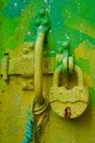 Hellgrünes Türschloss Lizenzfreie Stockbilder