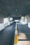 Helling aan en ondergrondse parkerengarage Royalty-vrije Stock Foto's