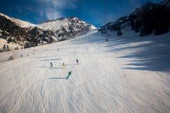 Helling op de het skiån toevlucht Stock Afbeeldingen