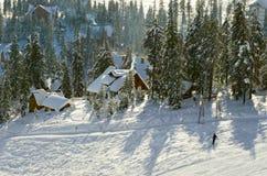 Helling op de het skiån toevlucht royalty-vrije stock afbeelding