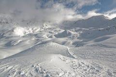 Hellingen in Solaise in de de skitoevlucht van Val D ` Isère Stock Fotografie