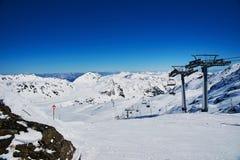 Hellingen van het ski?en toevlucht Royalty-vrije Stock Foto