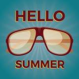 Hello-de zomer Oude schoolaffiche met zonnebril Stock Foto